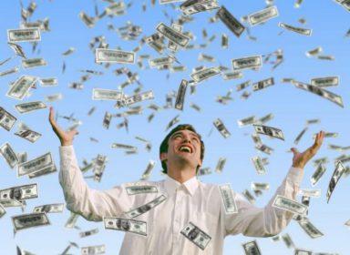 Почему так трудно быть богатым и счастливым?